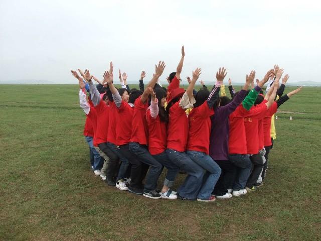 打造企业冠军团队来绿世界素质拓展基地